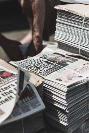 Sự sụp đổ của thị trường báo chí là hiểm họa cho nền dân chủ