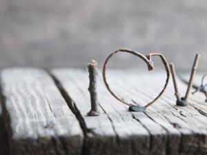 Biết yêu bản thân – yếu tố xây dựng hạnh phúc